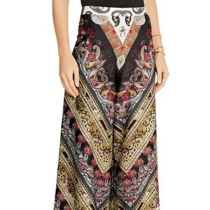 Alice + Olivia gorgeous flowy Athena pants